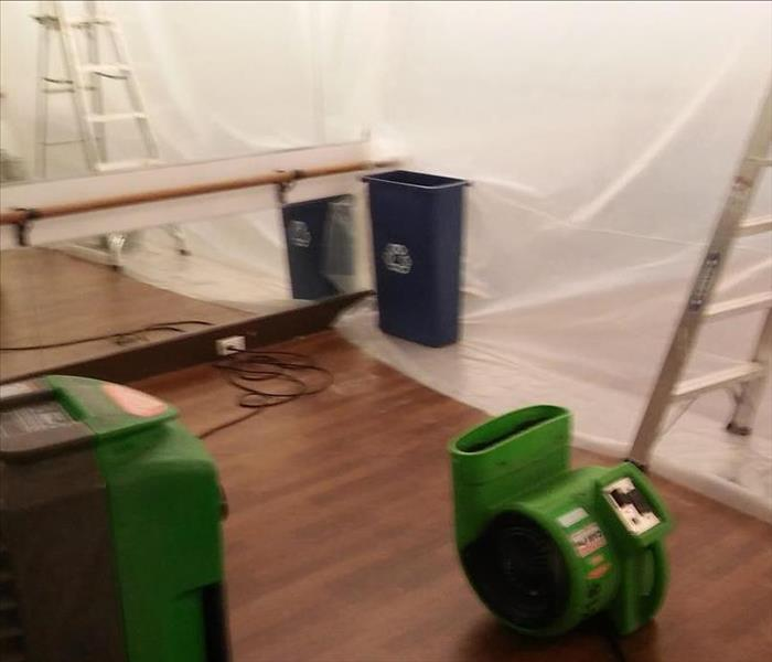 Faulty HVAC causes water damage in Chicago fitness studio